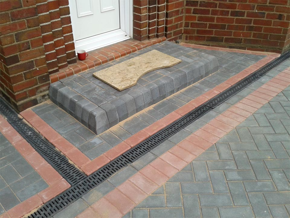 Charcoal Block Paving Step