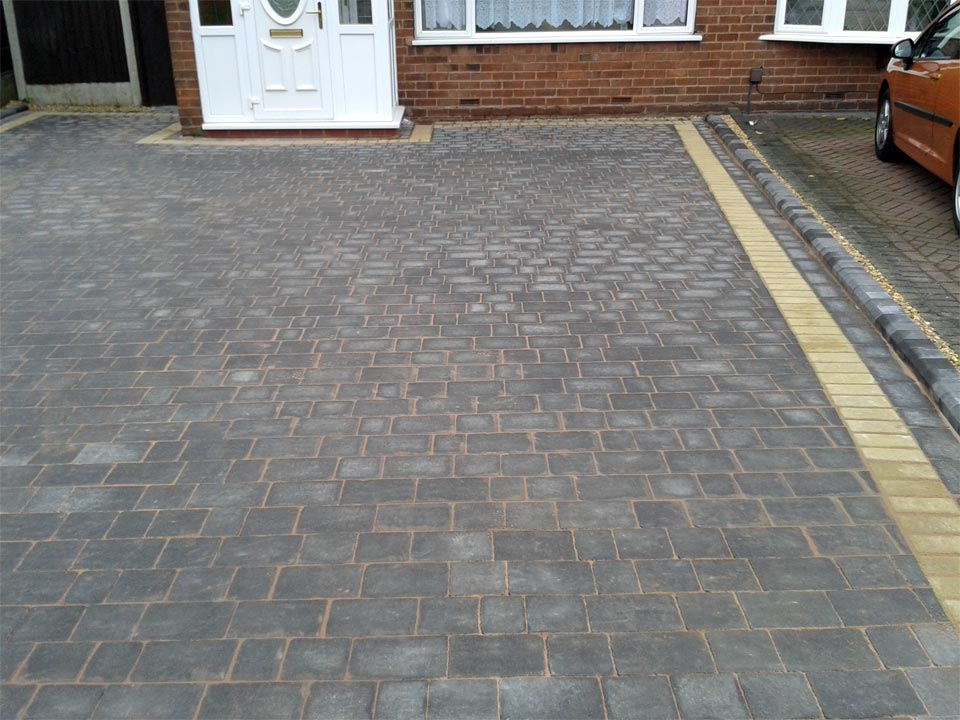 Cobble Paving Block Paving Border