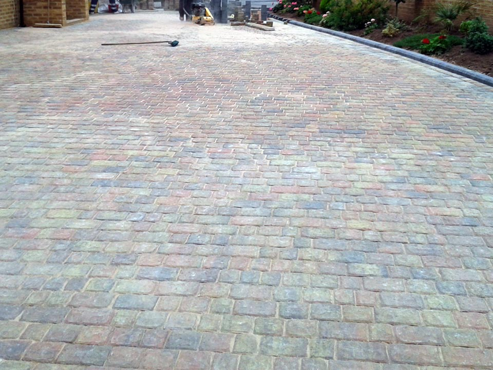 Rivened Cobble Paving