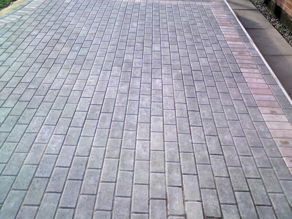 Stretcher Bond Block Paving